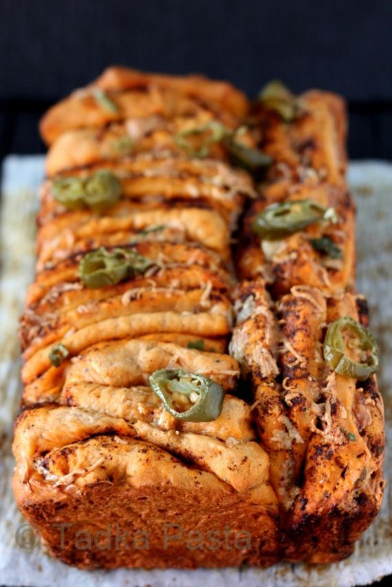 36-buffalo-chicken-pull-apart-bread