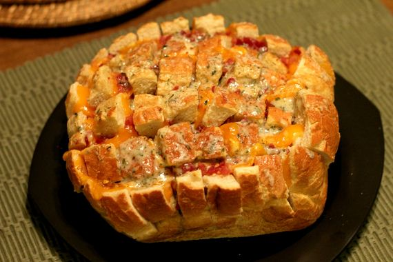 40-buffalo-chicken-pull-apart-bread