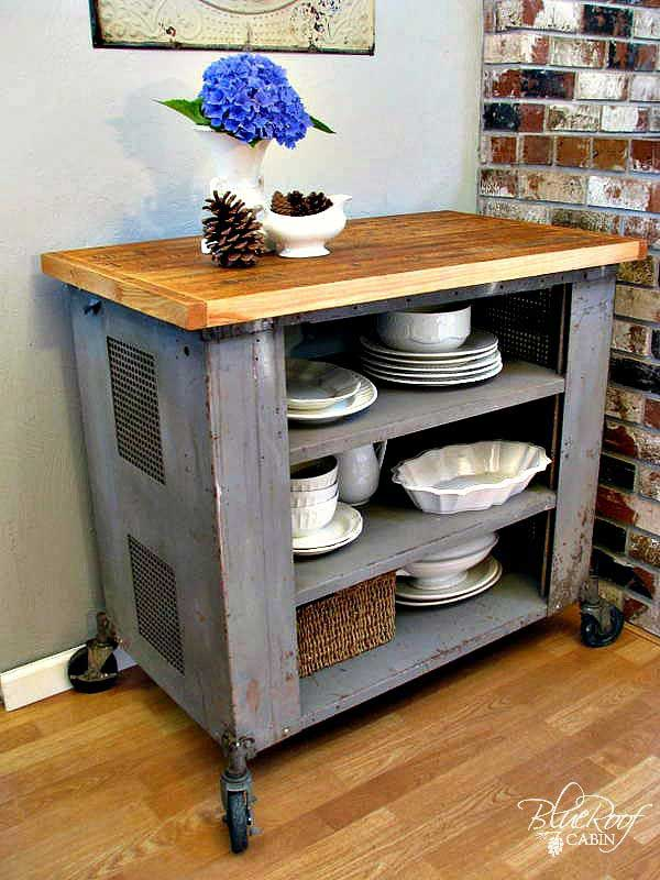 Rustic-Homemade-Kitchen-Islands-12