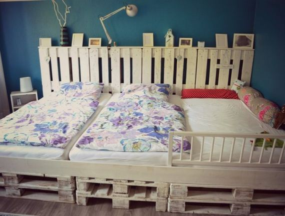01-Best-DIY-Pallet-Bed-Projects