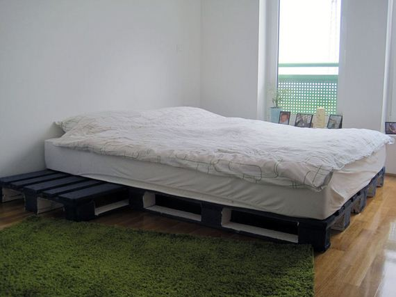 11-Best-DIY-Pallet-Bed-Projects