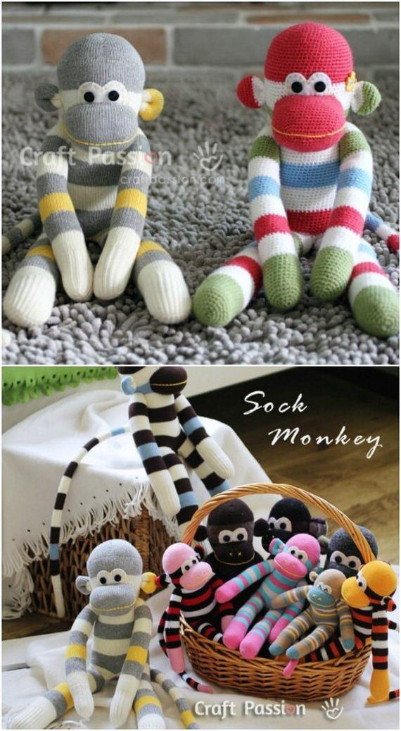 01-diy-sock-toys