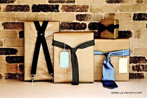 06-christmas-gift-wrapping