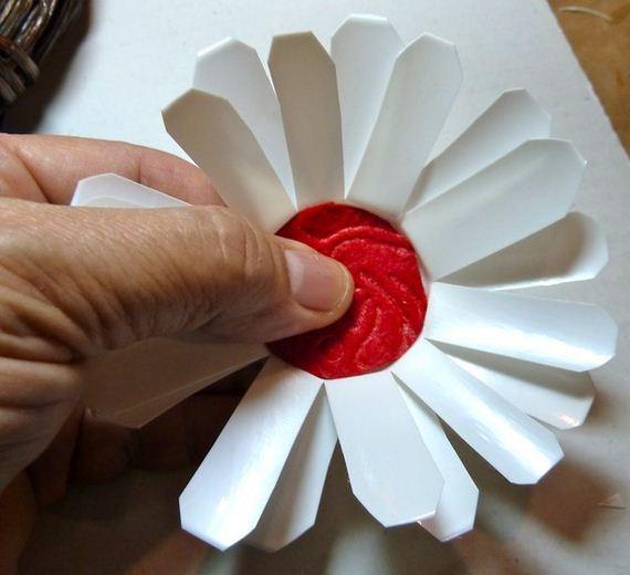 08-diy-keurig-k-cups-crafts-to-make