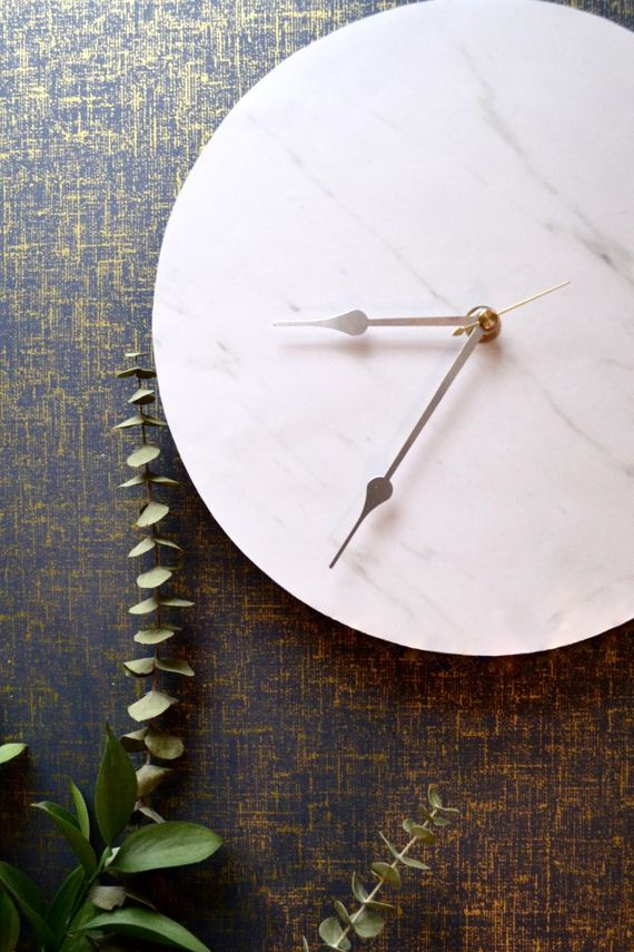 12-marble-jewelry-hanger