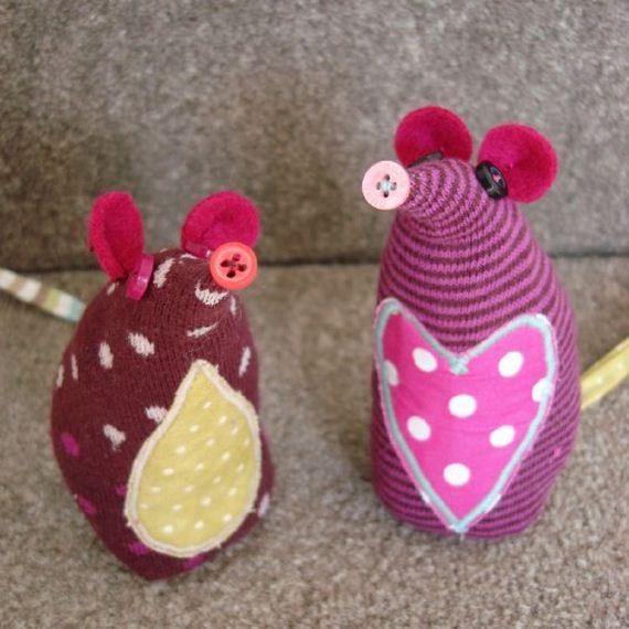 22-diy-sock-toys