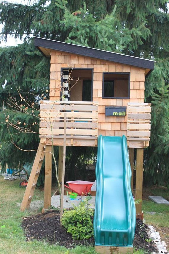 01-backyard-playroom-for-kids-feature