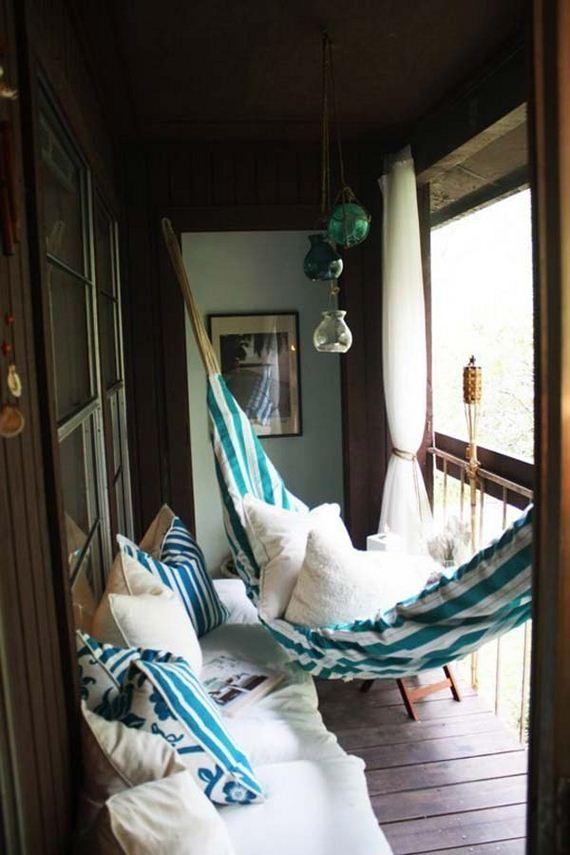 12-tiny-balcony-furniture