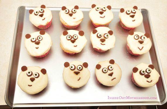13-Panda-Cupcakes
