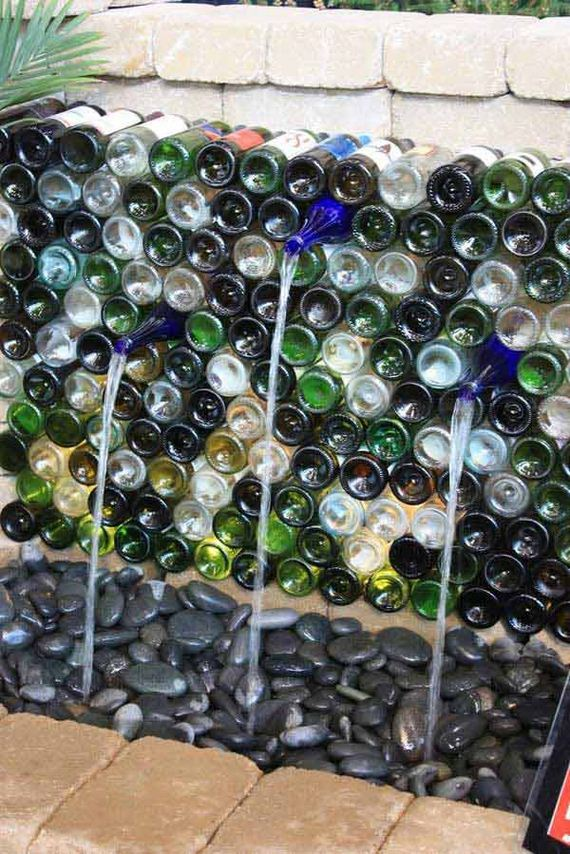 15-Bottle-Outdoor-Decorating-Ideas