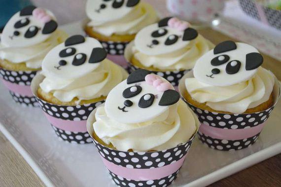 18-Panda-Cupcakes