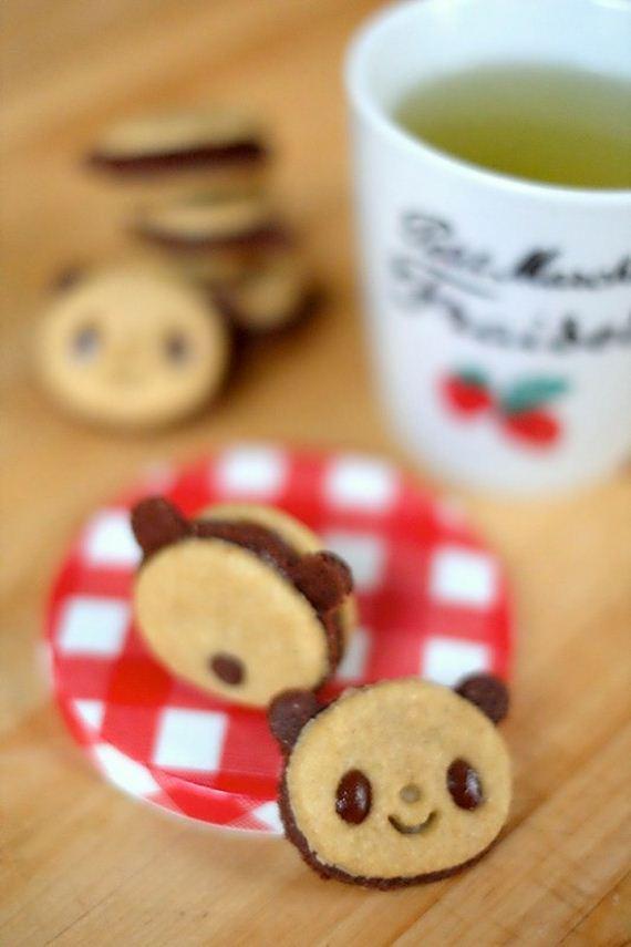 19-Panda-Cupcakes