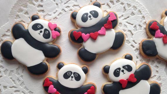 21-Panda-Cupcakes