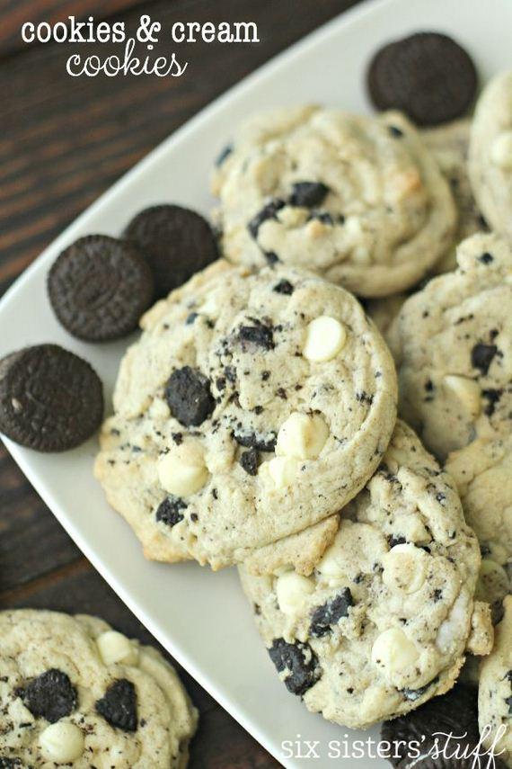 26-Panda-Cupcakes