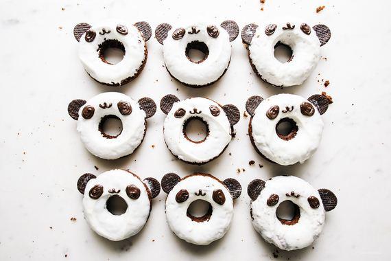 28-Panda-Cupcakes
