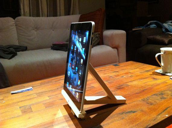 04-creative-diy-phone-tablet-accessories