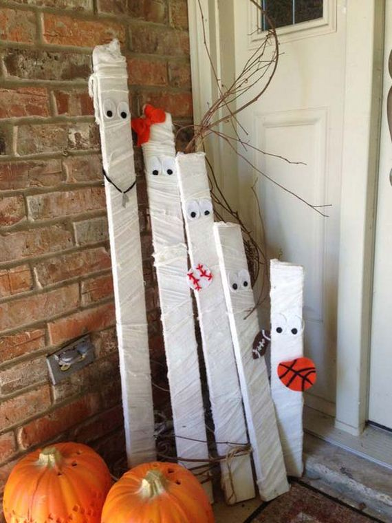 04-halloween-decorations-made-out-of-recycled-wood