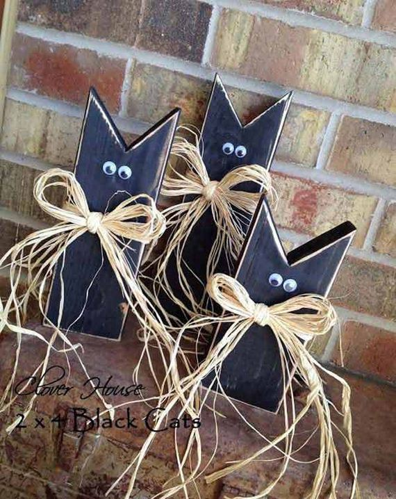 12-halloween-decorations-made-out-of-recycled-wood
