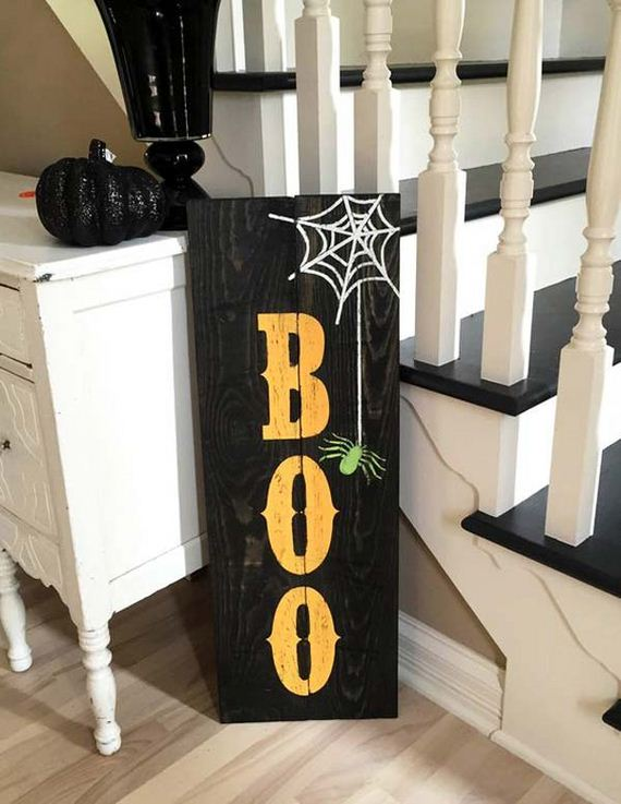 16-halloween-decorations-made-out-of-recycled-wood