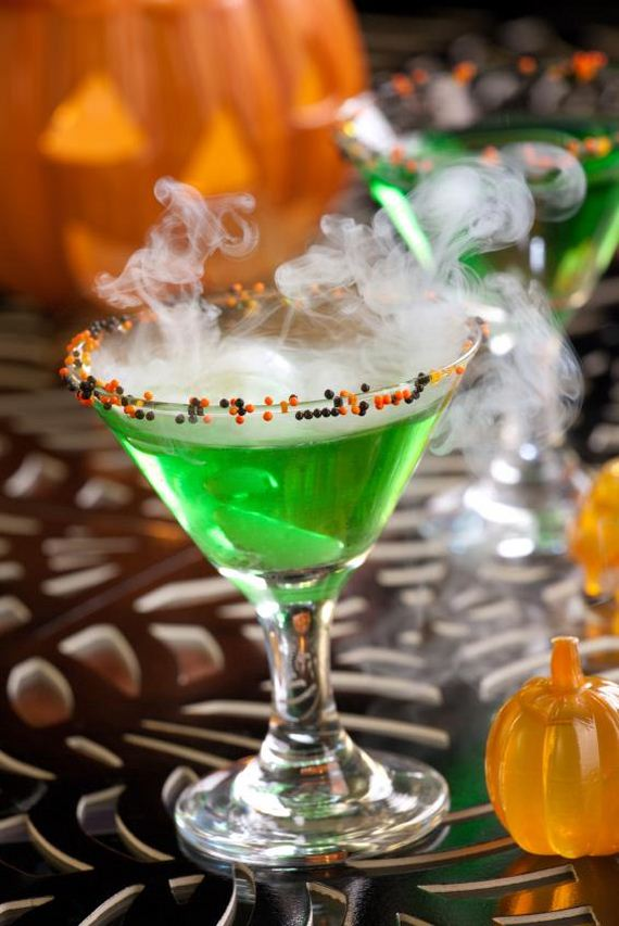 21-mind-blowing-halloween-drinks