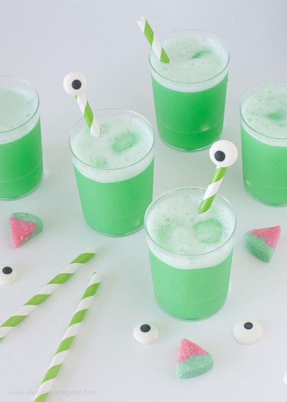 29-mind-blowing-halloween-drinks