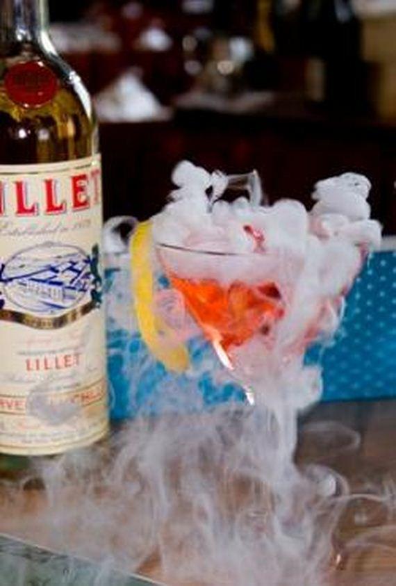 43-mind-blowing-halloween-drinks
