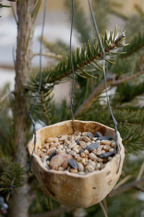 03-homemade-bird-feeders