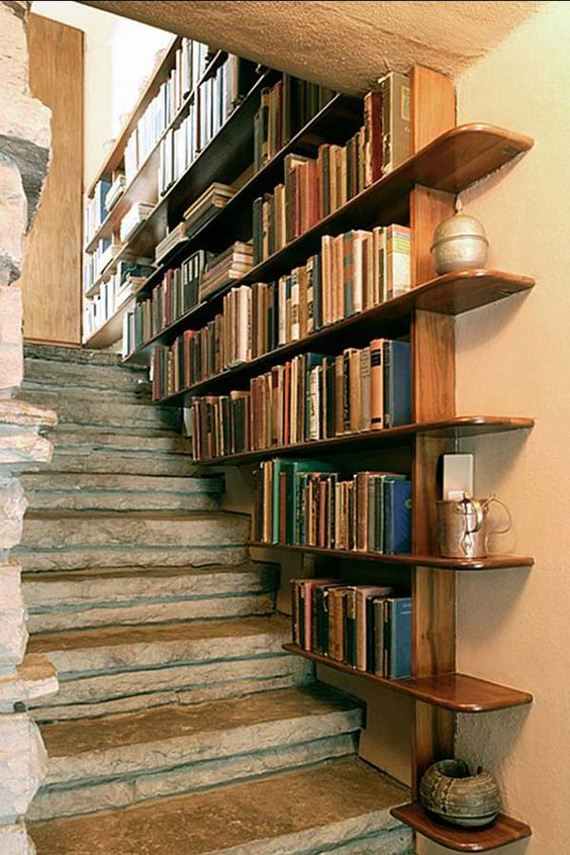 05-need-ideas-to-decorate-staircase-space