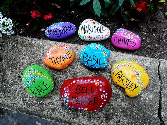 08-cool-crafts-made-rocks
