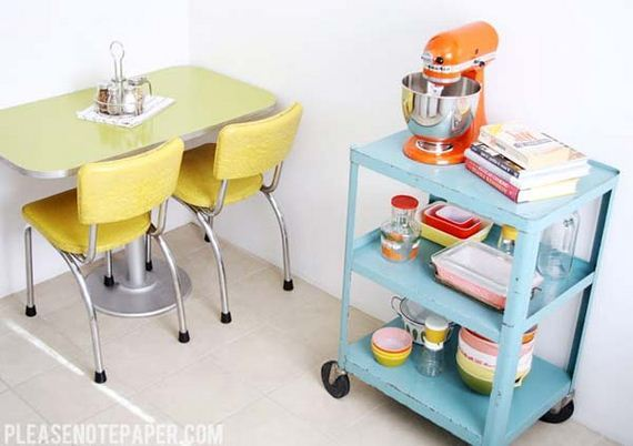 09-vintage-touch-to-your-kitchen