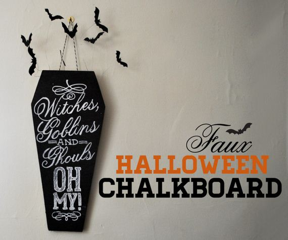 10-halloween-door-decor-diys