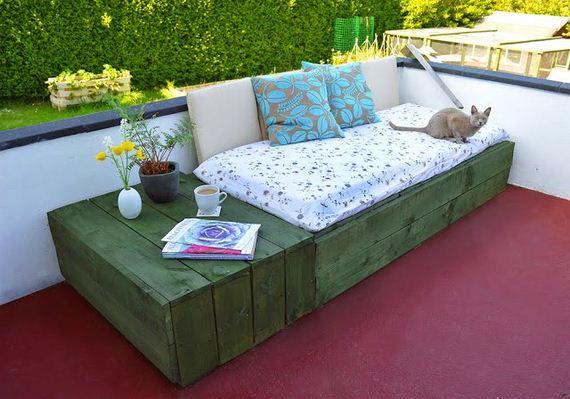 15-diy-pallet-patio-furniture