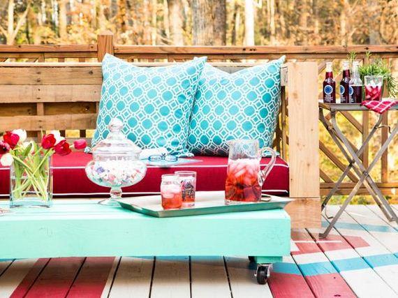 17-diy-pallet-patio-furniture