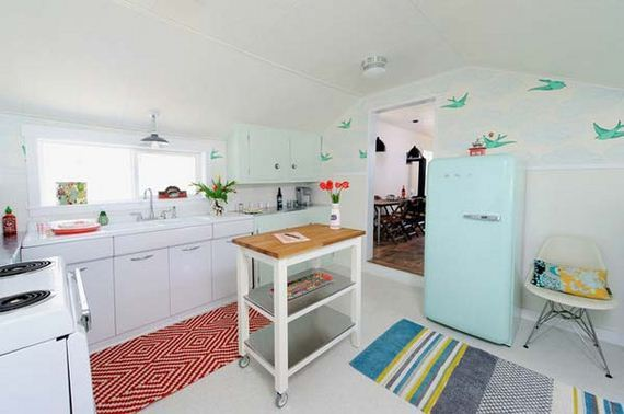 20-vintage-touch-to-your-kitchen