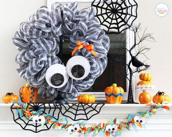 21-halloween-door-decor-diys