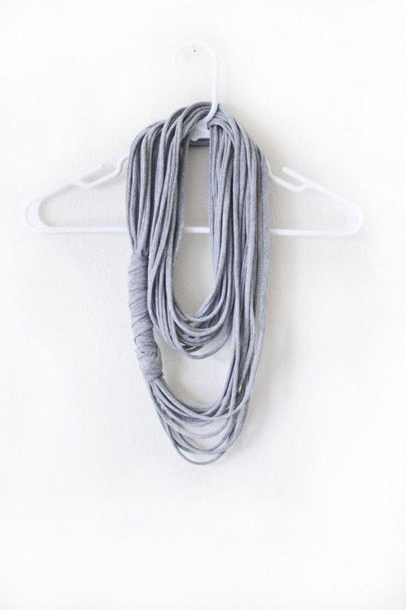 03-diy-no-knit-scarf