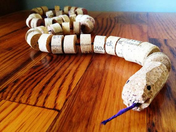 03-homemade-wine-cork-crafts