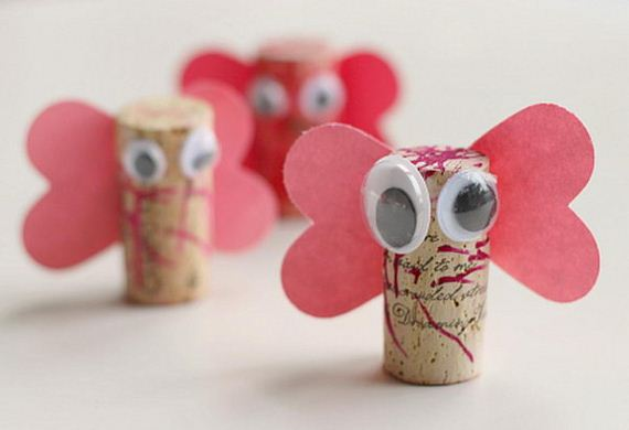 06-homemade-wine-cork-crafts