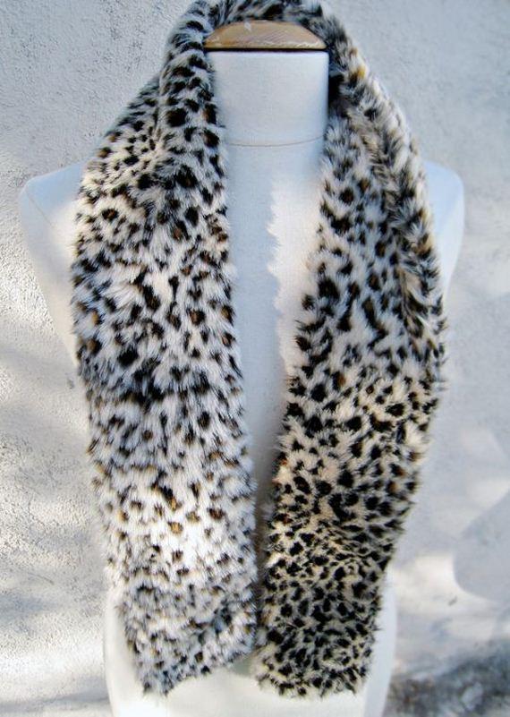 14-diy-no-knit-scarf