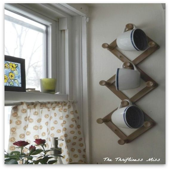 24-diy-bathroom-towel-storage