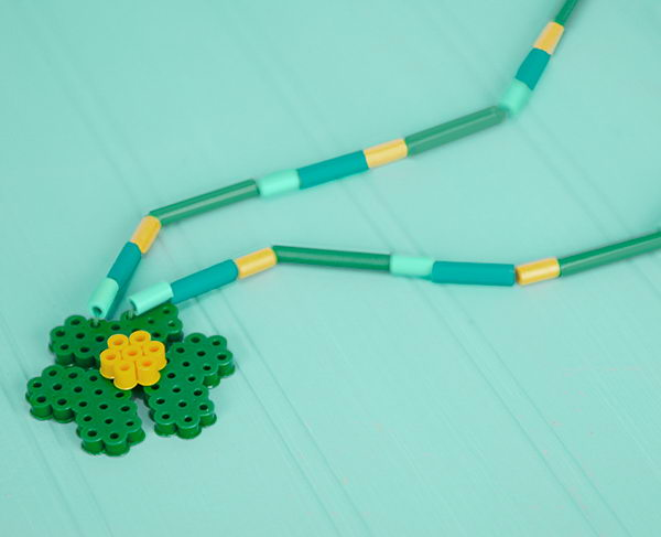 14-shamrock-necklace