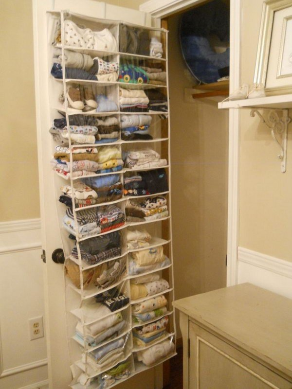 Clever organization ideas diycraftsguru for Extra closet storage