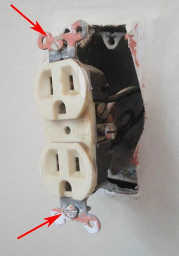how-to-change-out-an-old-power-outlet