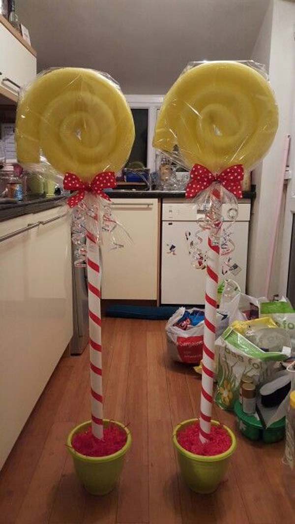 Awesome Christmas Decorations Created From Pool Noodles