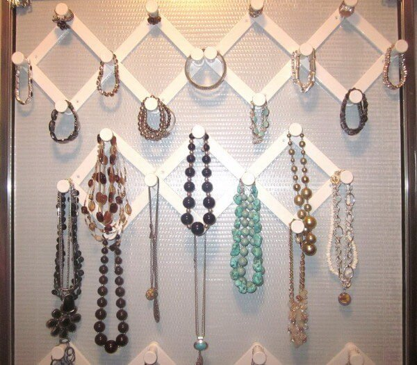 Awesome Diy Jewelry Organizers Diycraftsguru
