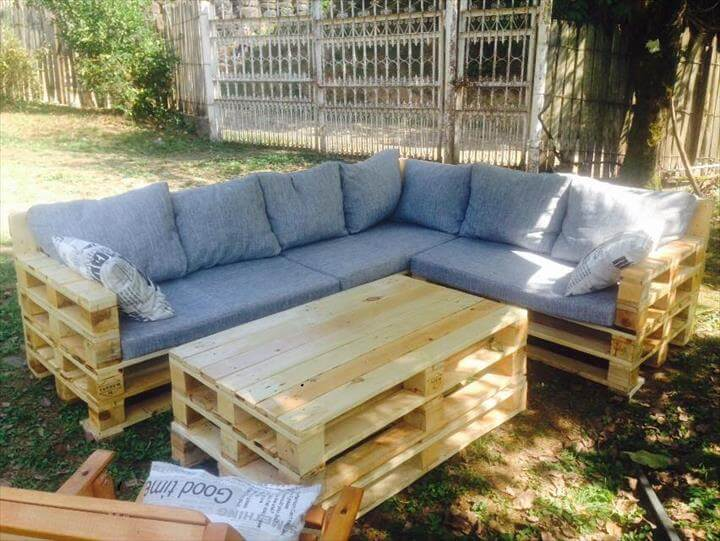 22 Amazing Pallet Outdoor Furniture